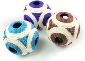 Six-Hole Sisal Ball With Sound Scratch Cat Toy